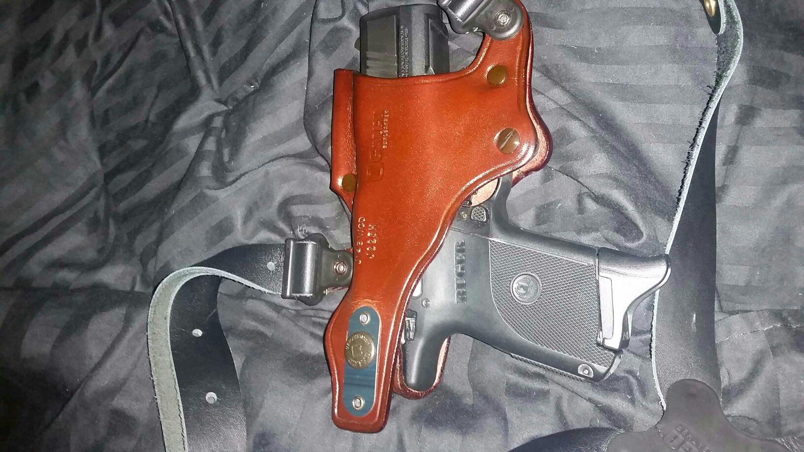 Custom fit holster for ruger sr40c and 9c - Ruger Handgun Forum
